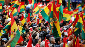 O que une crises na Bolívia e no Chile, modelos da esquerda e da direita na América Latina